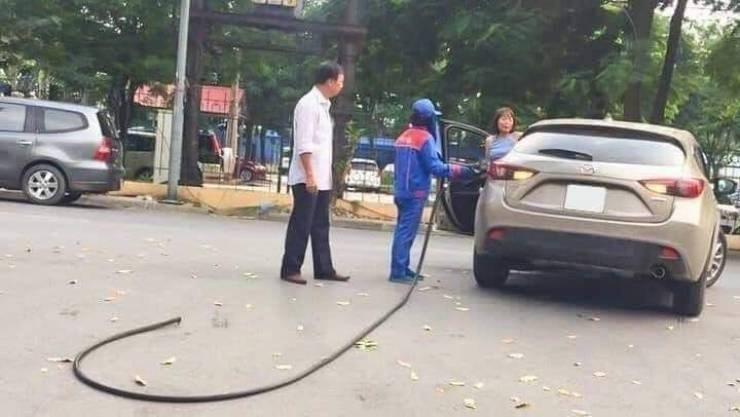 struggling - Mid-size car