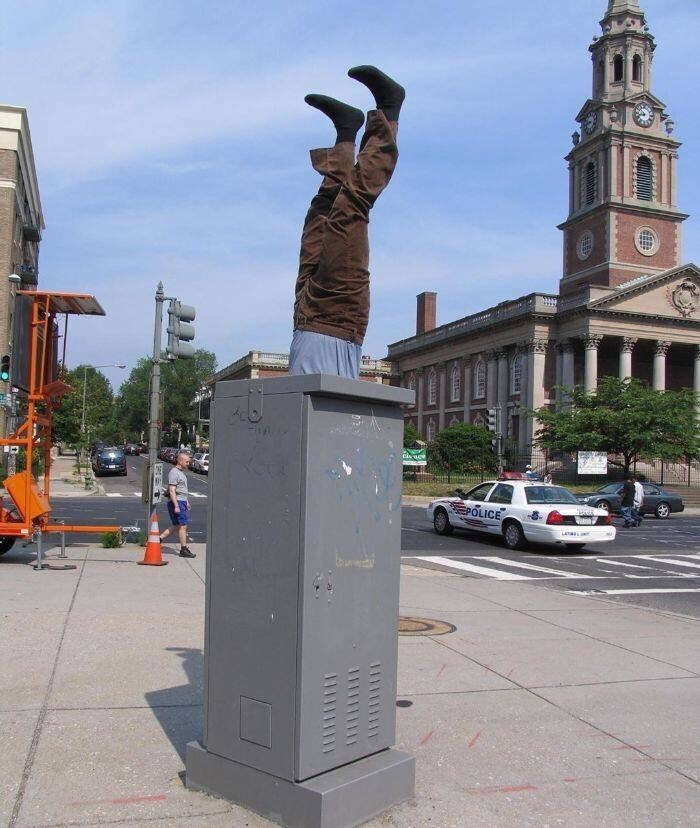 misplaced mannequin - Sculpture - cis age OLICE