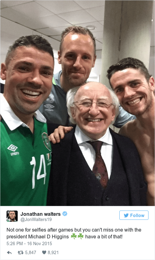 Tweet - Facial expression - Pbro 74 Jonathan walters Follow @JonWalters19 Not one for selfies after games but you can't miss one with the president Michael D Higgins have a bit of that! 5:26 PM - 16 Nov 2015 8,921 t5,847