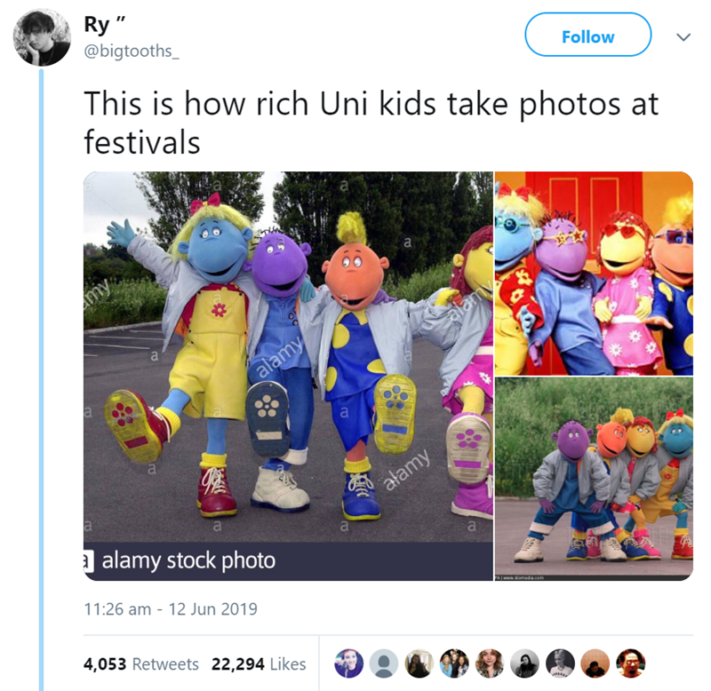"""Screenshot - Ry"""" @bigtooths_ This is how rich Uni kids take photos at festivals Follow a Amy alamy alamy atan a alamy stock photo a 11:26 am - 12 Jun 2019 PAwww.domeco 4,053 Retweets 22,294 Likes"""