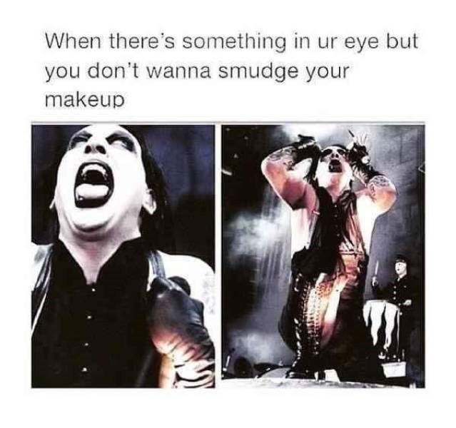 meme - Text - When there's something in ur eye but you don't wanna smudge your makeup