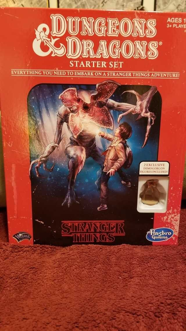 Movie - DUNGEONS CSDRAGONS AGES 1 3+ PLAYE STARTER SET EVERYTHING YOU NEED TO EMBARK ON A STRANGER THINGS ADVENTURE 2 EXCLUSIVE DEMOGORGON FIGURES INCLUDED SIRANGER THINGS Hasbro Gaming ard
