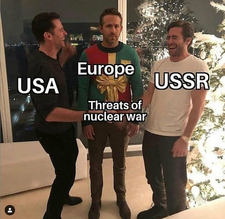 Meme - T-shirt - Europe USSR USA Threats of nuclear war