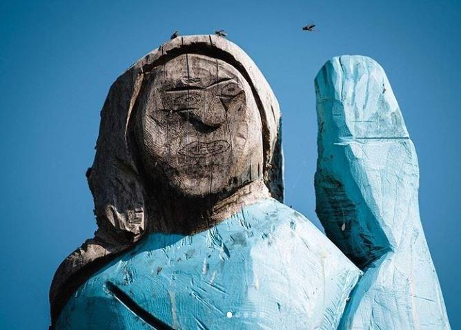 Photo - the new Melania Trump wooden statue in Slovenia