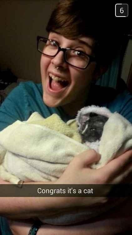 Pregnancy announcement - Cat - 6 Congrats it's a cat