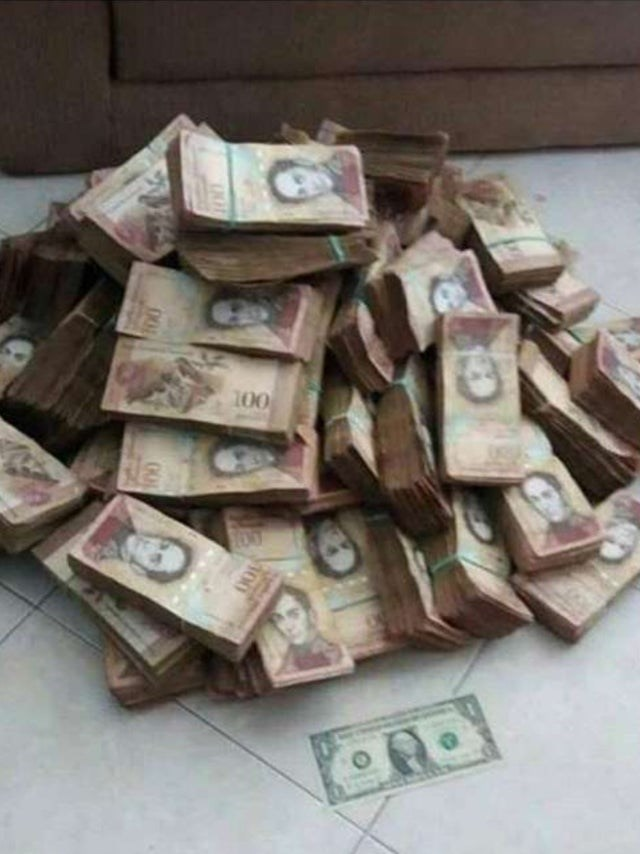 Money - 100
