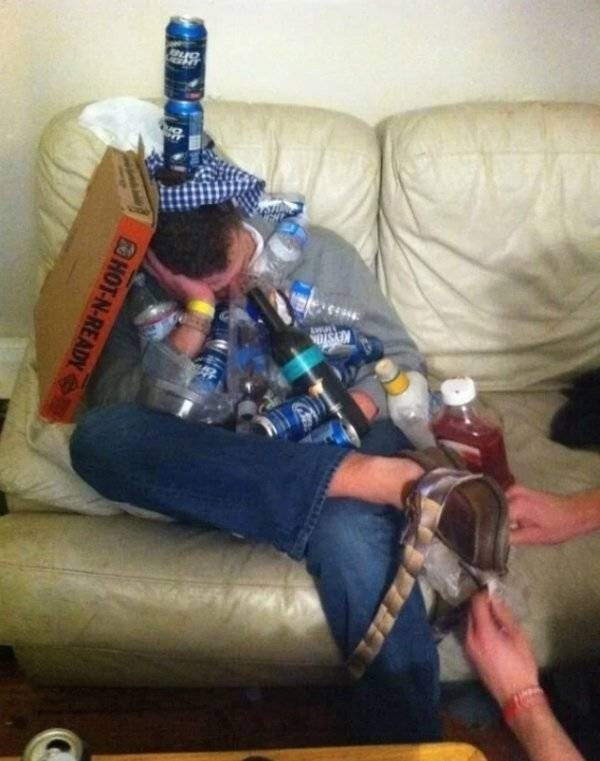 college meme - Alcohol - SA HOT-N-READY