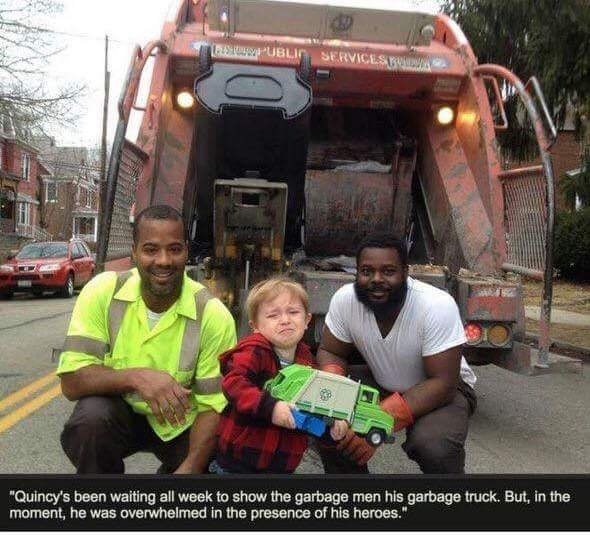 """Motor vehicle - CESTO UBLin SERVICES PAV ve """"Quincy's been waiting all week to show the garbage men his garbage truck. But, in the moment, he was overwhelmed in the presence of his heroes."""