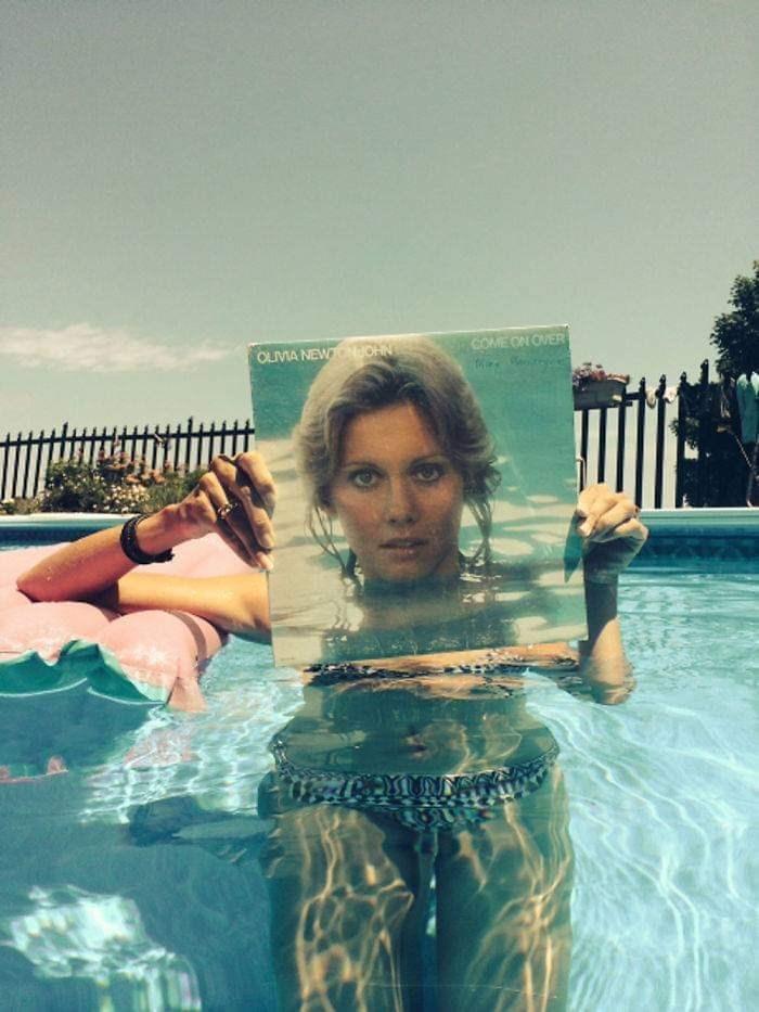 optical illusion - Swimming pool - COME ON OVER OLIVIA NEW OHN