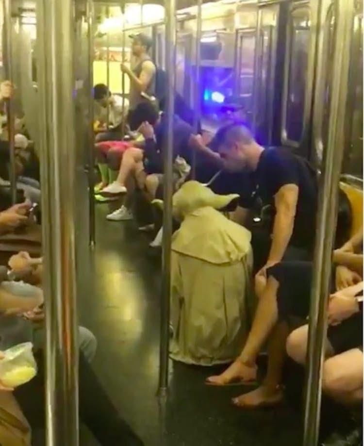 public transport - Metro