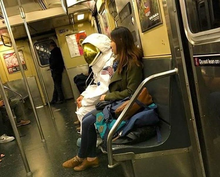 Public transport - Donot lean on
