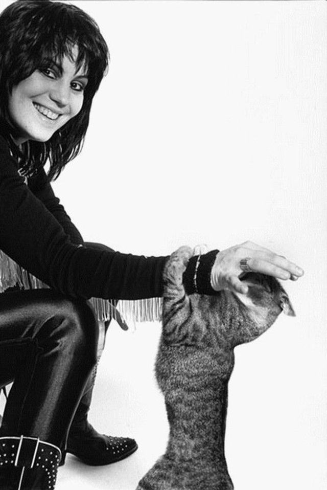 celebs and cats - Black
