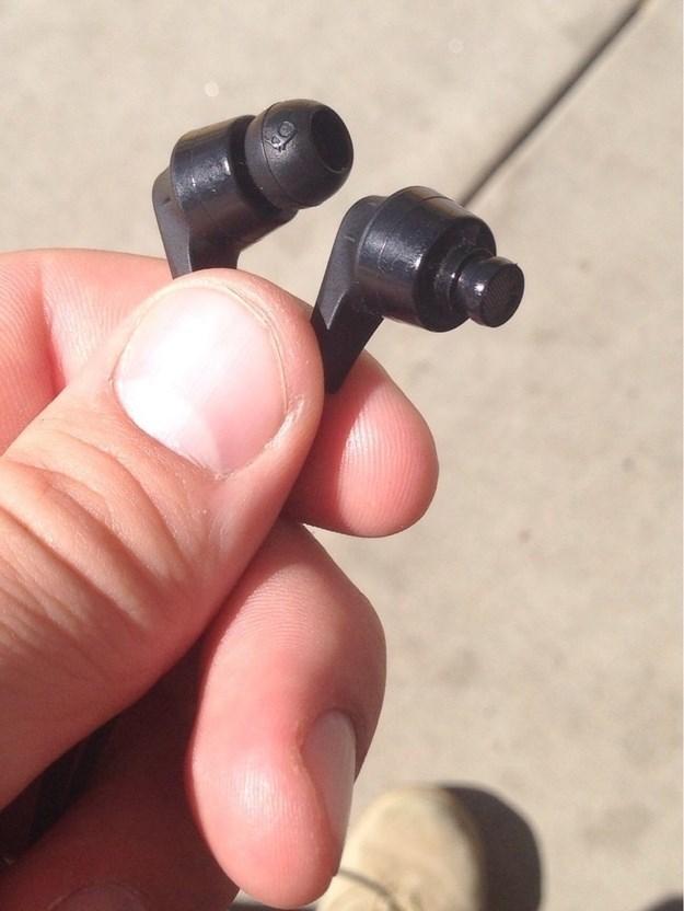 uncomfortable pic - Headphones