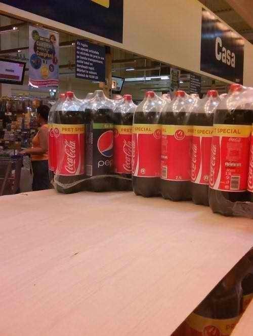 uncomfortable pic - Drink - Casa Ca Campn edud SPECIATSPECIAL PRET SPECIAL PRET SP pep Cococa Cola