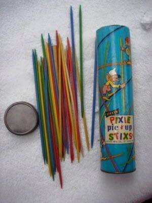 Picture of the pick-up sticks game