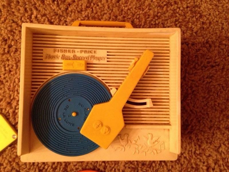 nostalgia - Electronics - $ISHER PRICE Maste Rox-Record Player AU