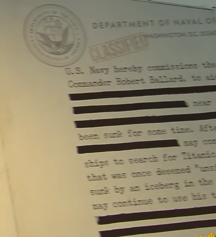 """Text - DEPARTMENT OF NAVAL on CLASSIFIED 0.S. Marg barebg connissons the Coomaniec Bobert Ballard. a near beac suk for soce tine E e con saips to sean for Titamia that was coce deeeced """"ns sa by a iceberg in the mag contie to use his t"""