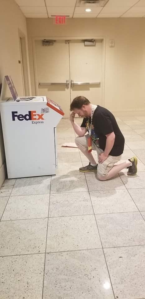 fedex - Tile - EXT FedEx Express