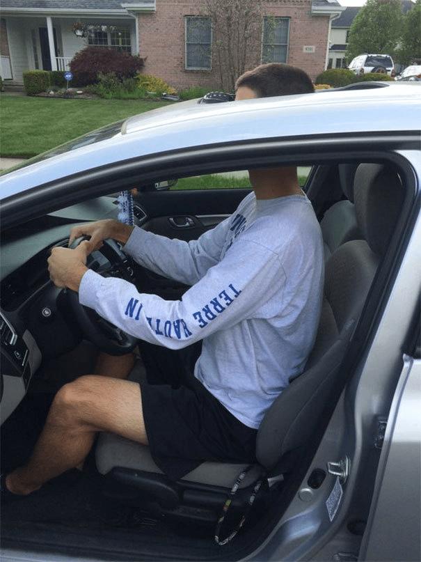 tall people - Vehicle door