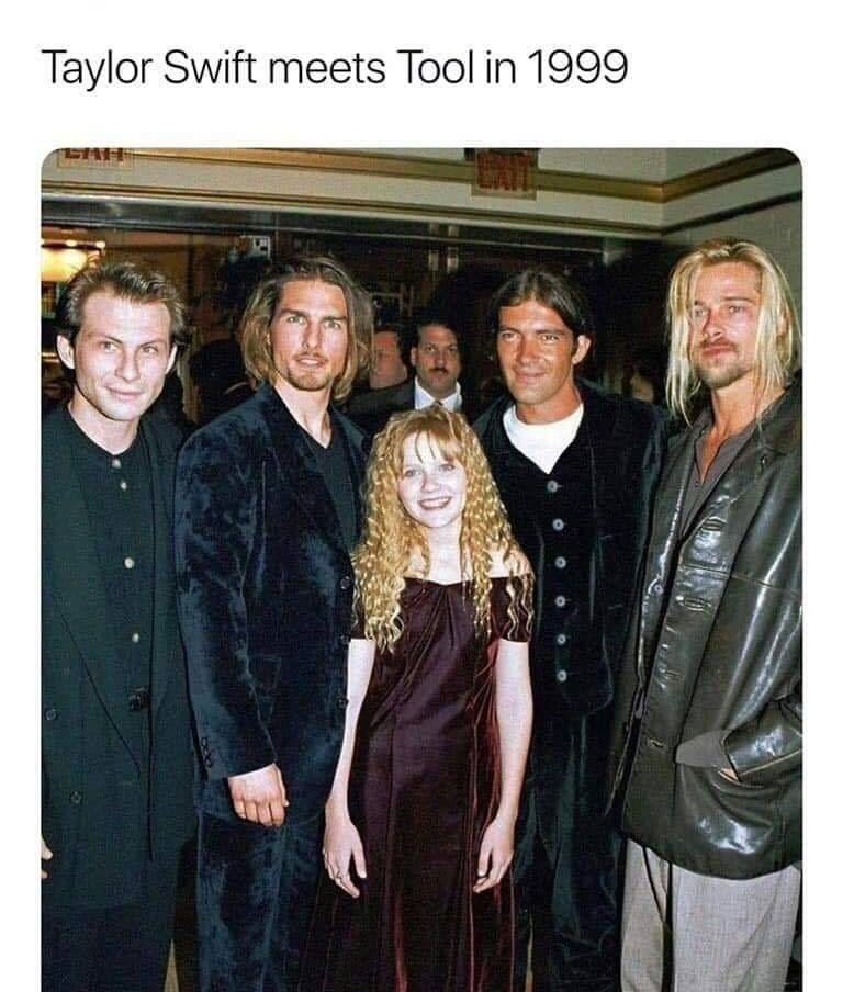 Event - Taylor Swift meets Tool in 1999 EAH