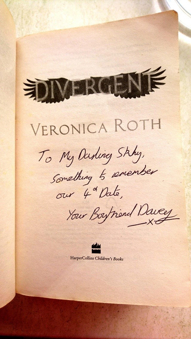 Text - DIVERCENT VERONICA ROTH To My Dadng Shy Somelhg anenber 4Dak Our Your Borind avey HarperCollins Children's Books