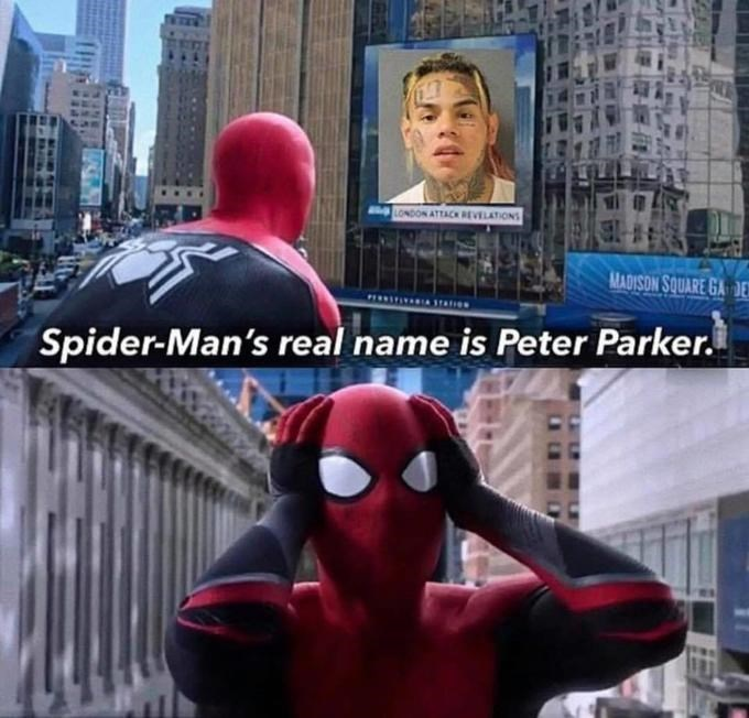 Spider-man - ALONDON ATTACK REVELATIONS MADISON SOUARE GA DE Spider-Man's real name is Peter Parker.