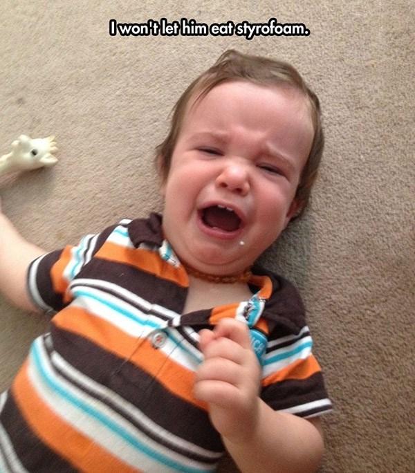 Child - Child - Owontlet him eat styrofoam