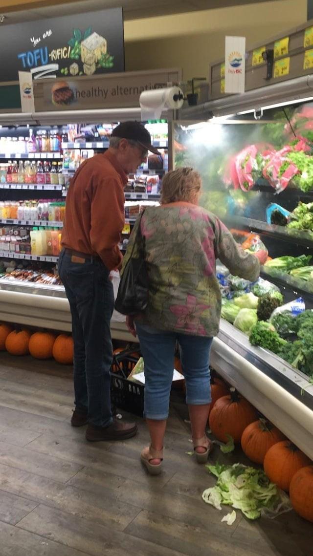 Natural foods - TOFU-ROFICIE healthy alternatio