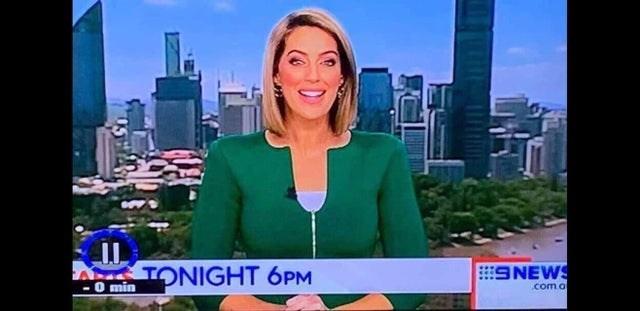 Newscaster - TONIGHT 6PM O min 9NEWS .com o