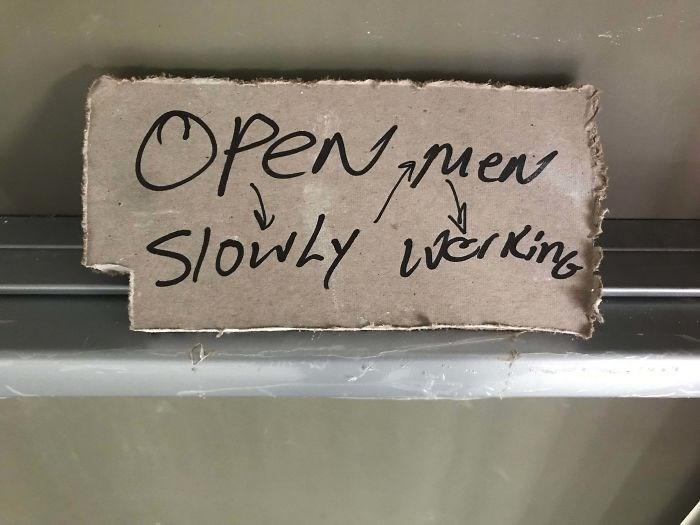 Text - OPeNew Slowly verin Men
