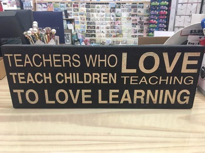 Text - $3.99 Bag : S TEACHERS WH0 LOVE TEACH CHILDREN TEACHING TO LOVE LEARNING