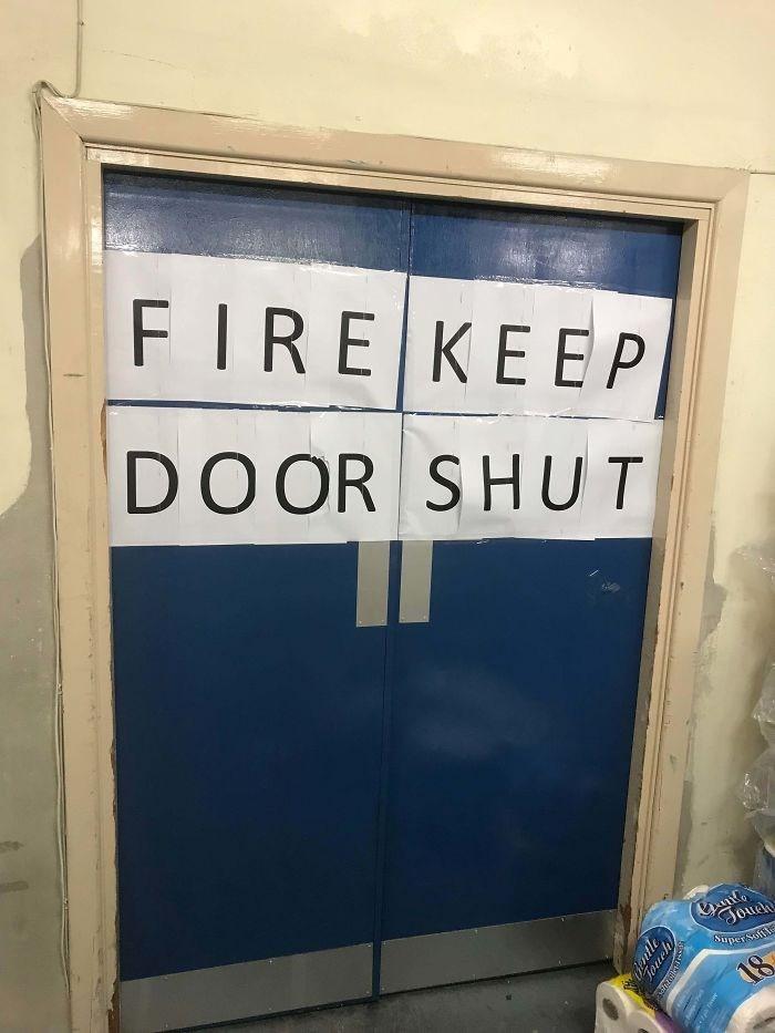 Text - FIRE KEEP КЕЕР DOOR SHUT Joueh Super 18