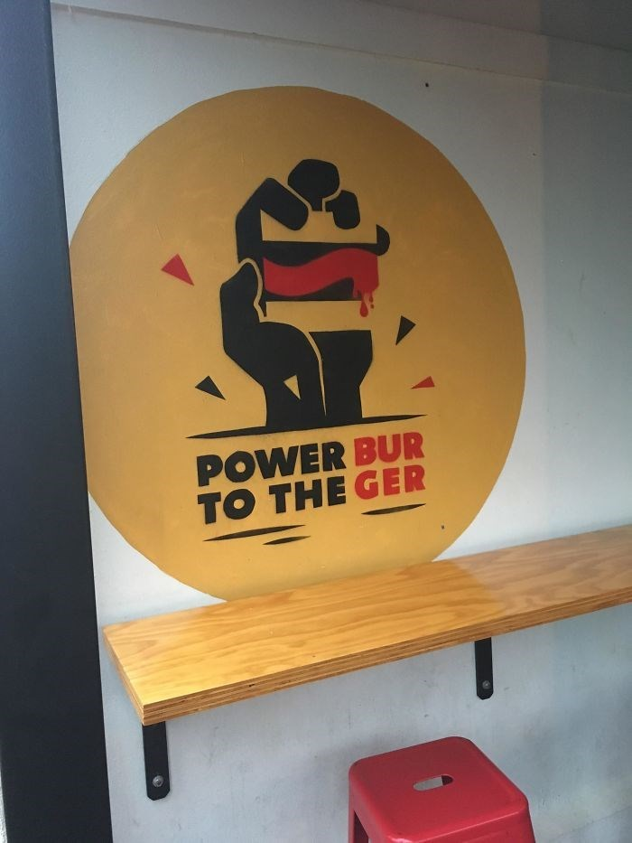 Furniture - POWER BUR TO THE GER