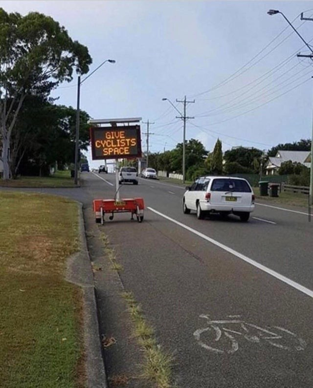 Road - GIVE CYCLISTS SPACE