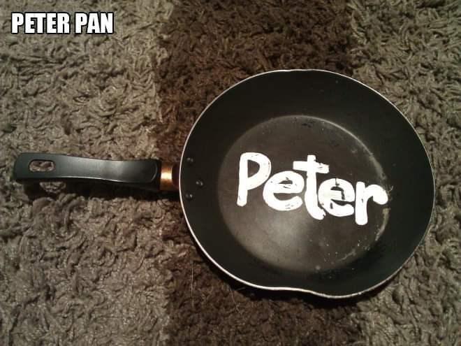 Text - Frying pan - PETER PAN Peter