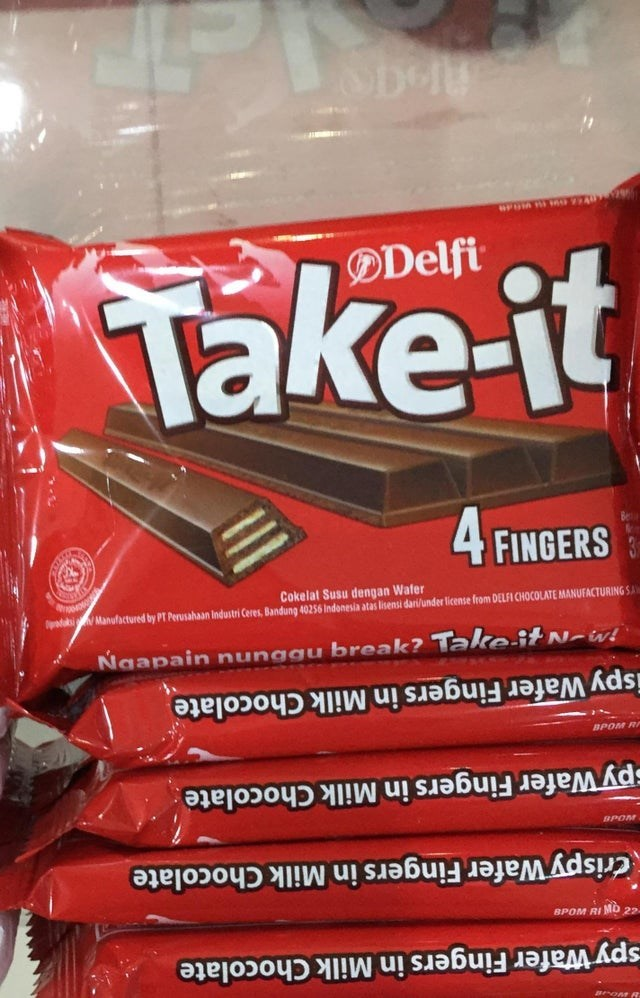 Snack - OD DDelfi Take-it 4 FINGERS Cokelat Susu dengan Wafer da Manufactured by PT Perusahaan Industri Ceres, Bandung 40256 Indonesia atas lisensi dari/under license from DELFI CHOCOLATE MANUFACTURING SA Ngapain nunggu break? TakeitN-w ispy Wafer Fingers in Milk Chocolate BPOM Rr py Wafer Fingers in Milk Chocolate BPOM Crispy Wafer Fingers in Milk Chocolate BPOM RI MD 22 spy Wafer Fingers in Milk Chocolate BroM R