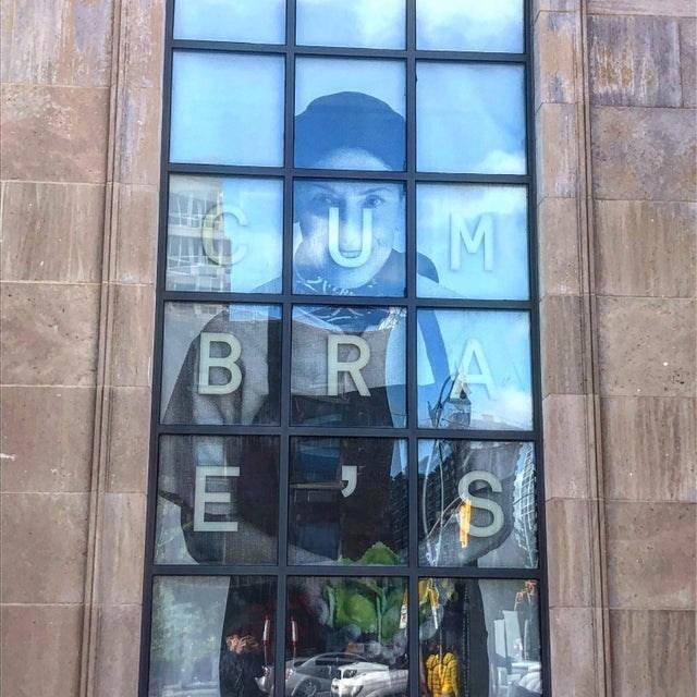 Window - UM BRA