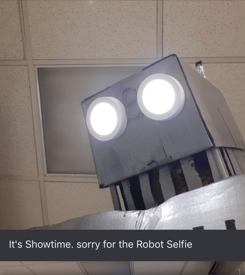 Light - It's Showtime. sorry for the Robot Selfie