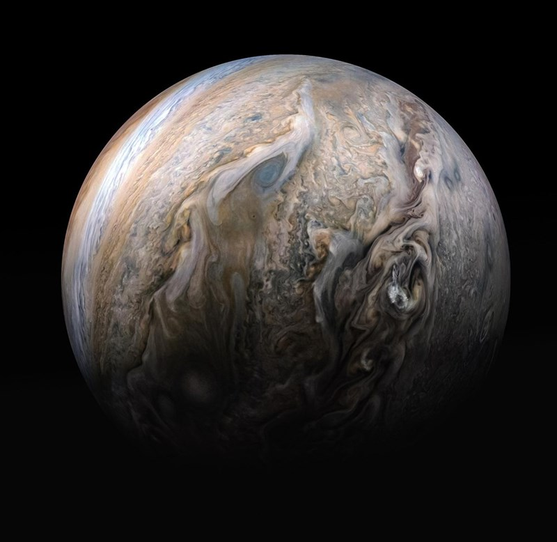 infrared photo taken of jupiter's storms taken by juno spacecraft