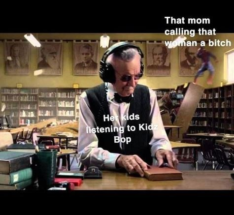 Photo caption - That mom calling that Woman a bitch He kids istening to Kidz Вор