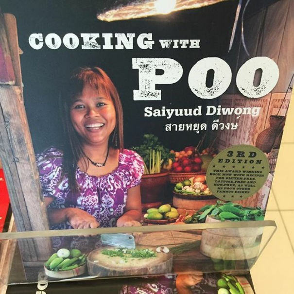 Superfood - COOKING WITH POO Saiyuud Diwong สายหยุด ดีวงษ 3RD EDITION THIS A ARD WIrNNING moox NOw WITH RePES ron eLUEN.FREE, LACrOSErRER AND NUY-PREr, AS WELL AN POOS erHER FAROOS BE e
