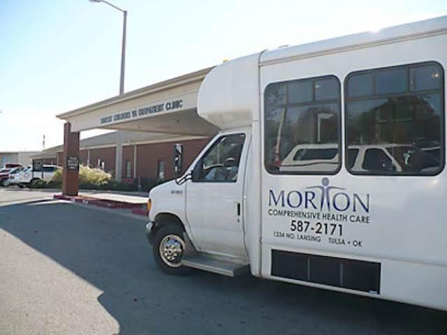 Vehicle - C MOR ON COMPREHENSIVE HEALTH CARE 587-2171 1334 NO LANSING TULSA O