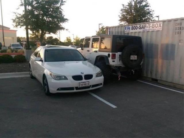 Land vehicle - CIAU 3139 261 800-SAF-T-BOX