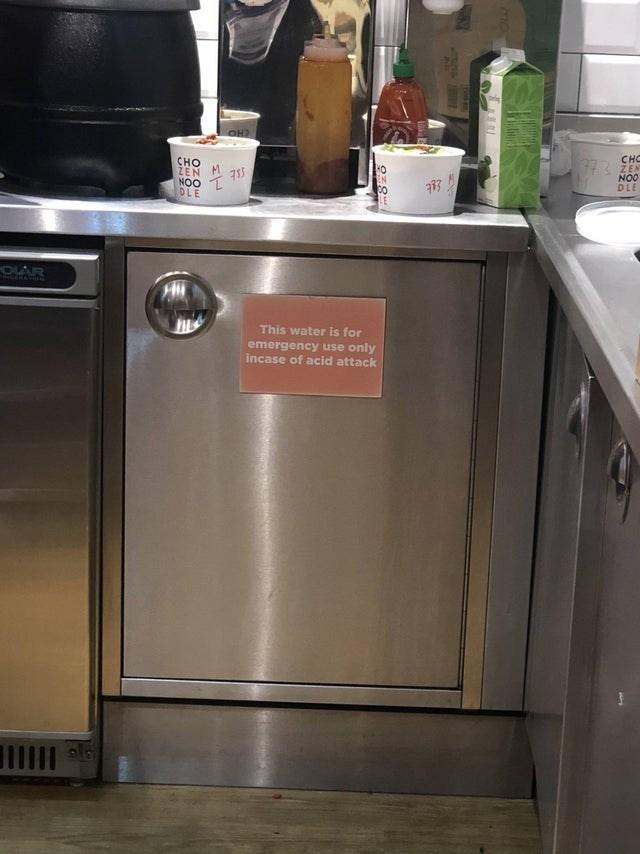 Major appliance - сно ZEN NOO DLE сно ZEN NOO DLE HO EN OLAR ERATI This water is for emergency use only incase of acid attack