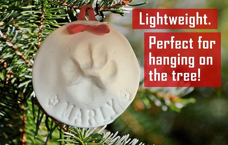 Christmas ornament - Lightweight. Perfect for hanging on the tree! ARA