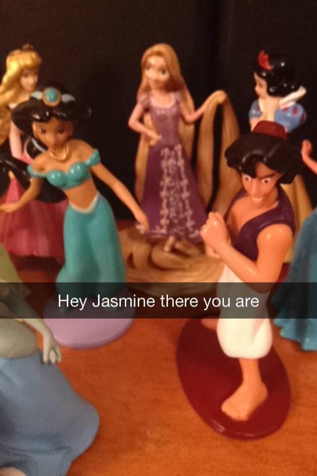 Figurine - Hey Jasmine there you are
