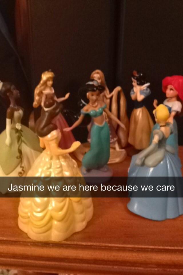 Figurine - Jasmine we are here because we care