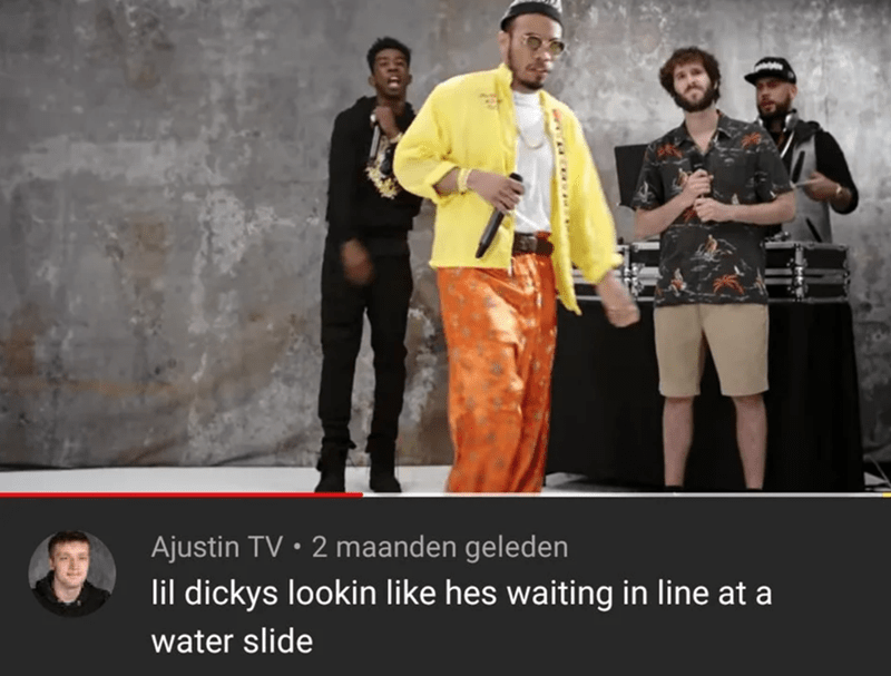 Yellow - Ajustin TV • 2 maanden geleden lil dickys lookin like hes waiting in line at a water slide