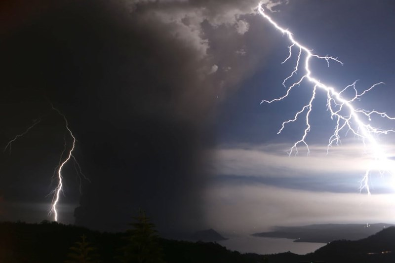 photo blue black sky clouds ash lightning volcano taal