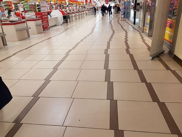 Floor - 1300 AL FEE brbus